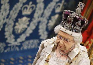 La reine Elizabeth II au parlement en mai 2015