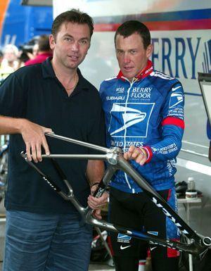 Lance Armstrong et Johan Bruyneel, en 2003.