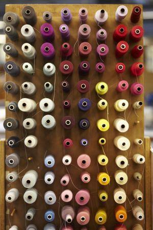 Echantillons de laine à la filature Todd & Duncan.