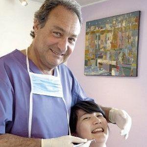 Dr Philippe Monsénégo.