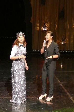 Zaho, une amie de Nawell, était l'invitée surprise du show jeudi soir.