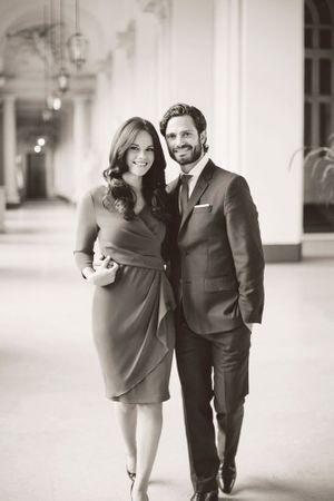 Le portrait officiel du prince Carl Philip de Suède et Sofia Hellqvist, diffusé ce jeudi.
