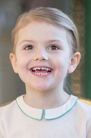 Détail de l'une des photos officielles de la princesse Estelle de Suède pour ses 4 ans