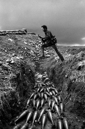 Rivière de mortiers, 1985