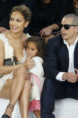En octobre 2012, au défilé Chanel à Paris, ils formaient une belle petite famille recomposée.