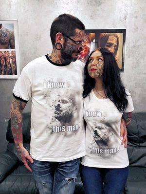 Avec leurs noms tatoués sur le visage, Rouslan et Lesya n'ont plus de limites.