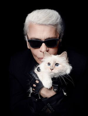 Karl et sa muse, Mlle Choupette Lagerfeld.