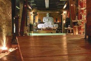 La salle principale du sanctuaire. C'est là qu'il endoctrinait ses disciples, et leur apprenait les arts martiaux.