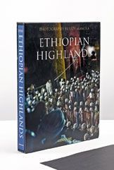 « Ethiopian Highlands », de Lizy Manola, éd. Assouline, 190 euros.