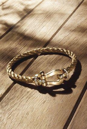 Bracelet Force 10, manille en or rose et diamants, câble interchangeable en métal tressé.