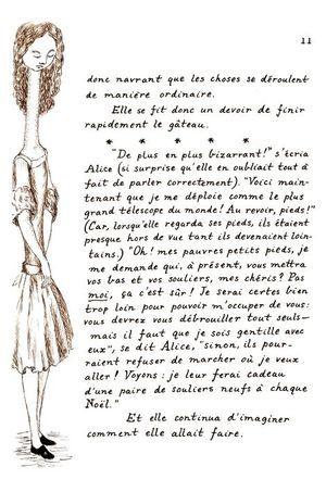 """""""Alice au Pays des merveilles"""" de Lewis Carroll, illustré par Benjamin Lacombe, ed. Soleil, 296 pages."""