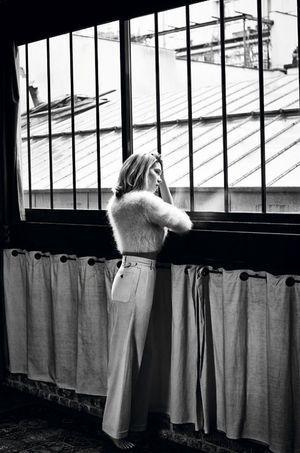 Léa Seydoux pose pour Paris Match.