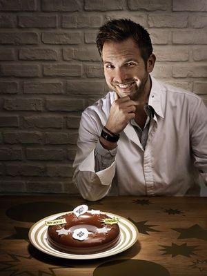 Dans la cuisine familiale, Christophe Michalak nous fait partager son démentiel Fantastik de ouf !