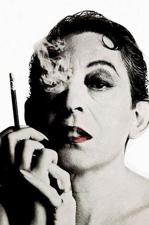 Gainsbourg en femme.
