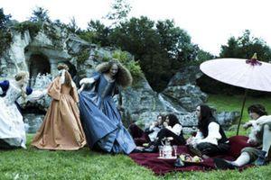 La série montrera les relations qu'entretenait Louis XIV avec les femmes