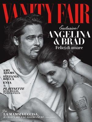 """Le couple prend la pose en Une de la nouvelle édition italienne du magazine """"Vanity Fair""""."""