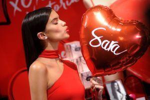 14273df6ca0e9 Les Anges de Victoria's Secret affolent la Saint-Valentin