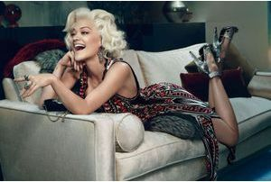 Rita Ora, nouvelle égérie de Roberto Cavalli