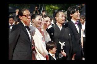"""L'équipe de """"Hanezu No Tsuki"""""""