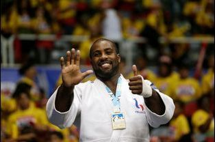 teddy riner news photos vid os sur teddy riner. Black Bedroom Furniture Sets. Home Design Ideas