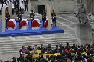 Un hommage a été rendu à la Sorbonne avant leur entrée au Panthéon