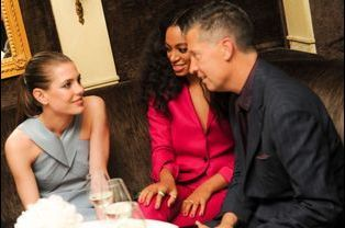 """Avec Solange Knowles et le directeur éditorial du magazine """"W"""" Stefano Tonchi"""