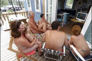massage-naturiste-paris . c o m La Garde