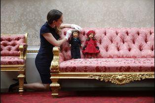 Des poupées de la reine Elizabeth