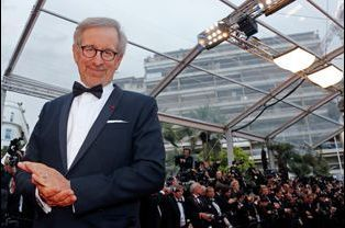 Steven Spielberg, 100 millions de dollars