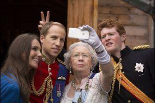 Kate, le prince William, la reine Elizabeth II et le prince Harry