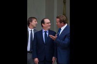 Nicolas Hulot, le président François Hollande et Arnold Schwarzenegger à l'Élysée le vendredi 10 octobre 2014