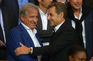 Nicolas Sarkozy au Parc des Princes le 31 août 2014, avec Bernard Caïazzo, dirigeant de l'AS Saint-Etienne.