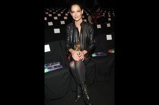 Katie Holmes au défilé Desigual de la Fashion Week de New York