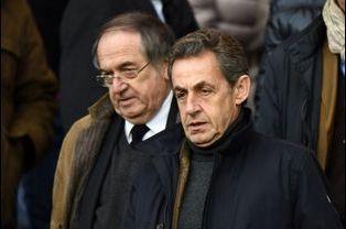 Nicolas Sarkozy avec Noel Le Graet au Parc des princes à Paris, le 21 février 2015