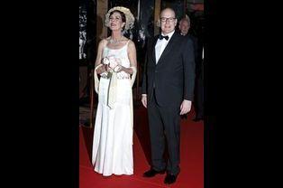 La princesse Caroline et le prince Albert II de Monaco au bal de la Rose à Monaco, le 28 mars 2015