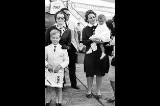 Grace, Albert et la petite Stéphanie, en 1966, à Philadelphie