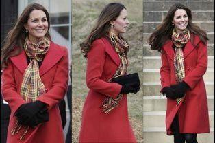 Elégant manteau rouge
