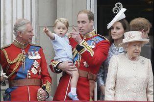 Le prince George a volé la vedette lors des célébrations de l'anniversaire de la reine Elizabeth