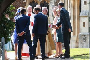Les parrains et marraines de la princesse Charlotte arrivent au baptême, dimanche 5 juillet 2015