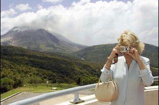 Camilla à la Soufrière de Montserrat en 2008