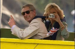 Camilla, la Duchesse de Cornouailles, et le prince Charles lors d'un voyage en Ouganda en 2007