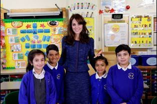 La duchesse de Cambridge, née Kate Middleton, avec les enfants de l'association Place2Be