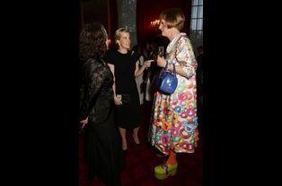 Sophie de Wessex avec l'artiste plasticien et céramiste Grayson Perry au palais St James à Londres, le 28 avril 2015