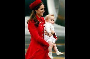 Le prince George avec Kate, le 7 avril 2014