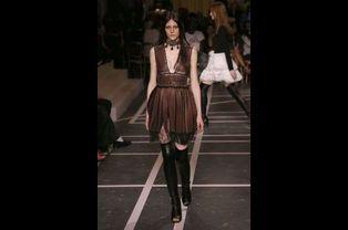 Défilé Givenchy printemps-été 2015, à Paris, le 29 septembre 2014