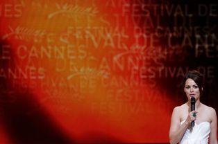 Maîtresse de cérémonie du Festival de Cannes 2012