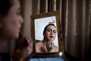 Immersion parmi les transgenres pakistanais