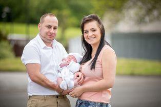 Romany, le bébé du bonheur pour Sean et Toni