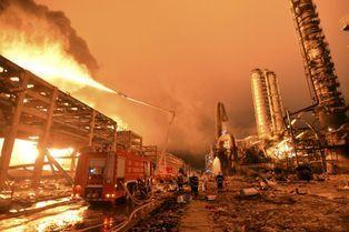 Une usine chimique explose en Chine