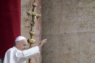Le pape François prie pour le Kenya